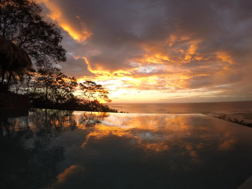 Sunset @ Pool