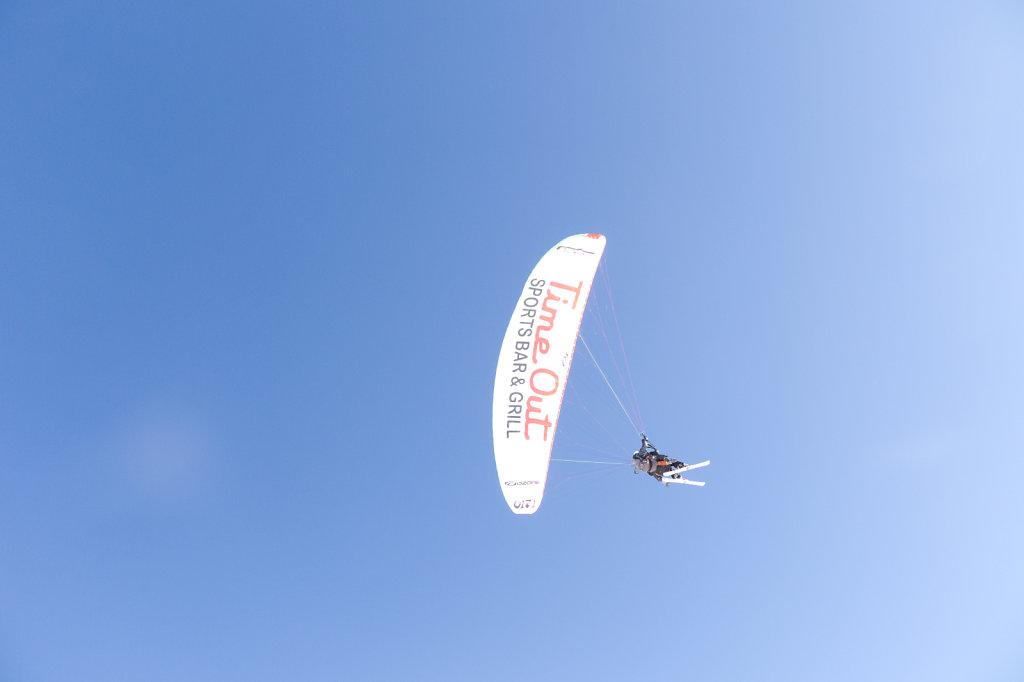 I can Fly & Ski